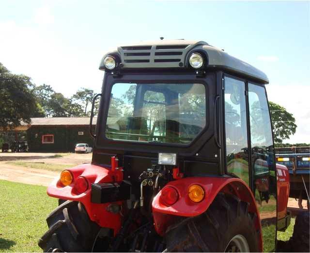 Cabina Agrícola - Massey Ferguson - MF 275